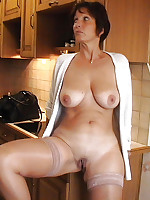 Mature Amateurs in Stockings - Milf Nylon